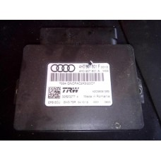 Блок управления стояночным тормозом Audi A6 (C7) 2011-2014