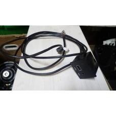 USB-хаб Chrysler 200 (UF) 2014 - 2016